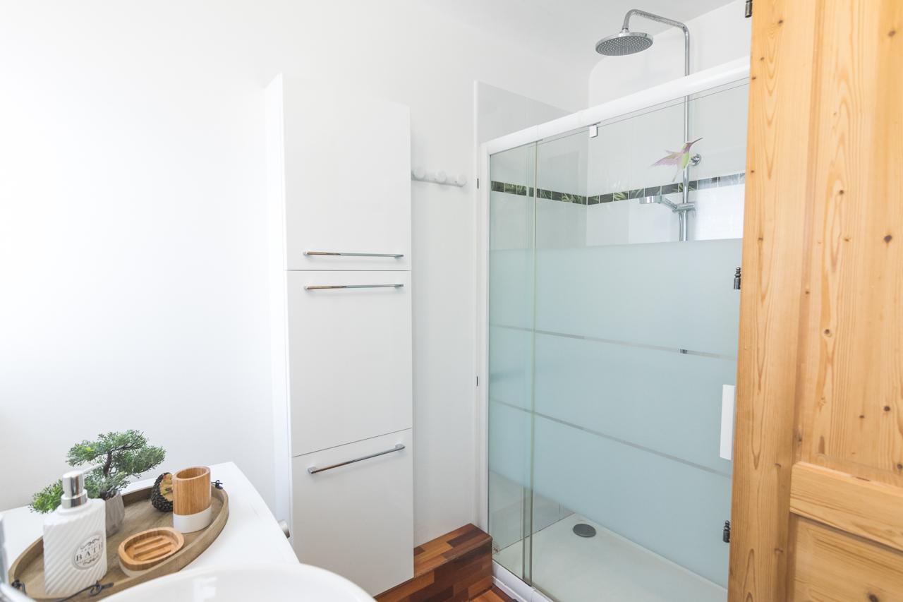 salle de bain , douche à l'italienne