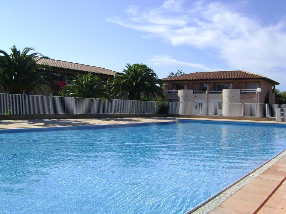 Location vacances r sidence avec piscine saint cyprien plage for Residence vacances avec piscine