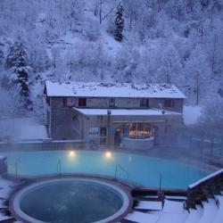 Les bains d'eau chaude de Saint-Thomas