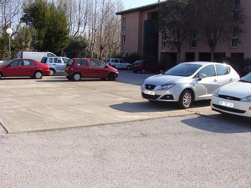 Parking à l'intérieur de la Résidence